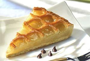 apple lattice tarte slice