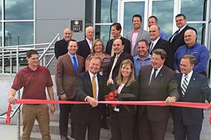 david-harlan-Logistics-Inc-Ribbon-Cutting